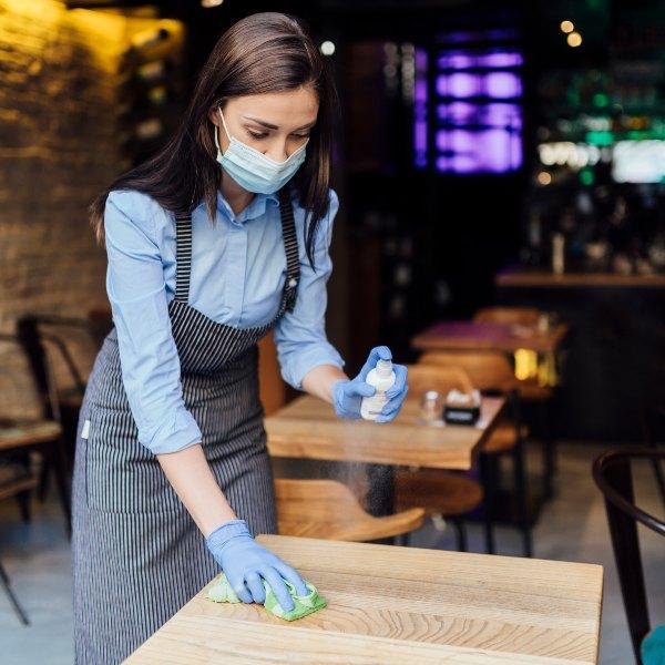 5 implementos de bioseguridad para negocios de alimentos